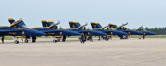 Blue Angels Practice Session